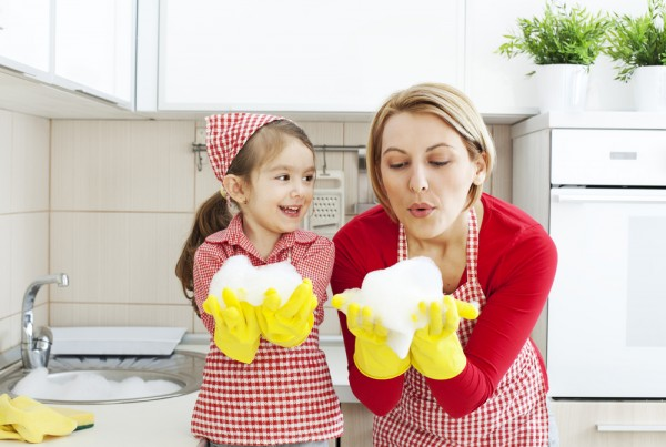Keep Your Hands Safe As You Wash the Dishes - Cleaning Corp
